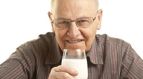 تغذیه سالمندان و توصیه های غذایی در تغذیه